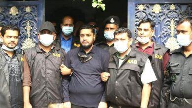 Photo of বিক্রয়কর্মী থেকে হাজার কোটির মালিক 'গোল্ডেন মনির'